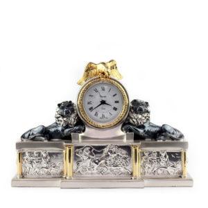 Часы кварцевые настольные «Львы и орел» - Фото