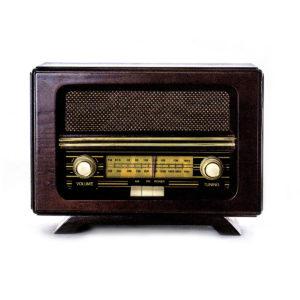 Ретро радио «Малыш»  FM-радио, ореховый корпус - Фото