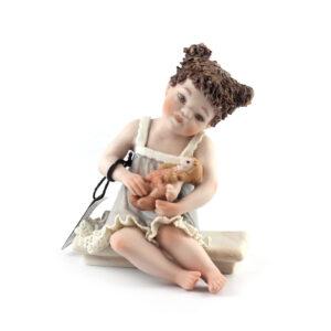 Статуэтка «Девочка с куклой» Bettina - Фото