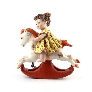 Статуэтка «Девочка на лошади» Cavallinomig - Фото